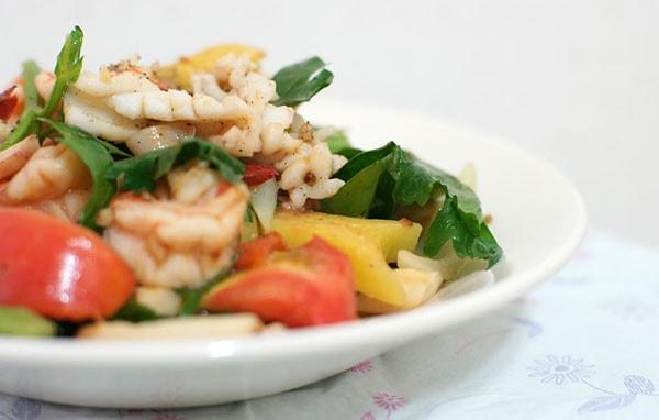 Tăng cân từ rau cần tây với các món xào cực ngon