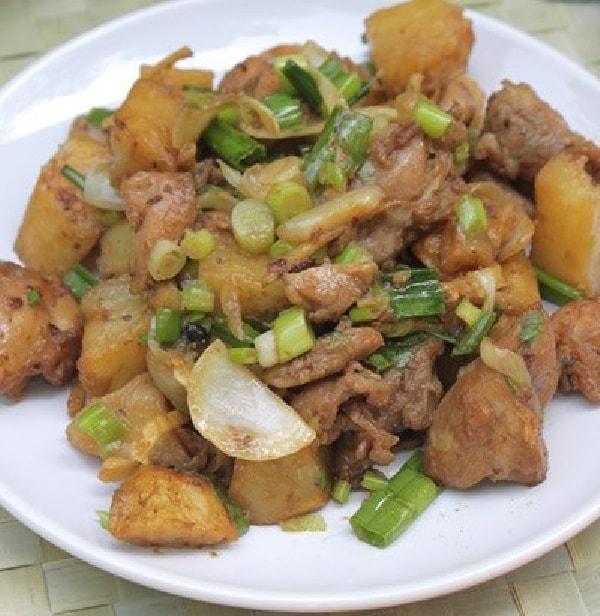 Các món thịt gà xào cực ngon - Cách làm thịt gà xào khoai tây chiên