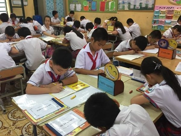 10 mẹo giúp giáo viên tiểu học giảng bài thu hút hơn 1