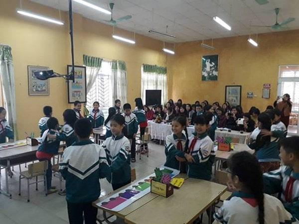 10 mẹo giúp giáo viên tiểu học giảng bài thu hút hơn 2