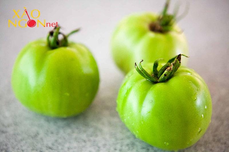 Cà chua xanh có chứa chất độc solaine có thể gây ngộ độc