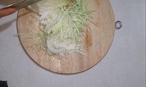 rau bắp cải xào cà chua 1