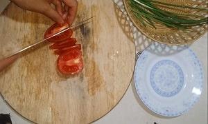 rau bắp cải xào cà chua 2
