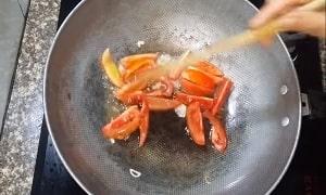 rau bắp cải xào cà chua 4