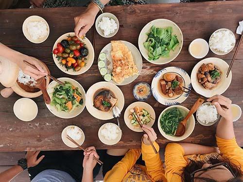 Gia vị tình yêu trong mâm cơm người Việt