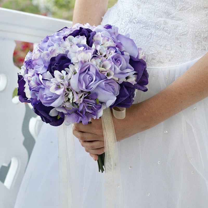 Hoa cẩm tú cầu là mẫu hoa cưới được ưa chuộng vào mùa xuân