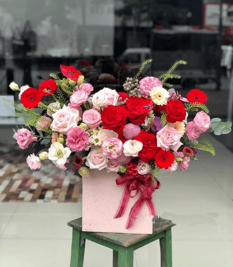 Hoa vừa tượng trưng cho những điều tốt đẹp vừa có giá trị thẩm mỹ cao